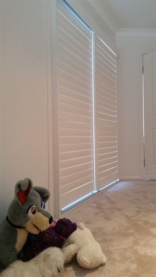 Comparing Blinds With Window Shutters K Amp B Security